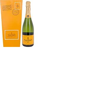 Veuve Clicquot Yellow Champagne Label Ice Letter Edition 750 ml