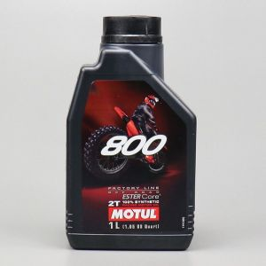 Huile moteur 2T Motul 800 Factory Line  Off Road 100 % synthetic Ester Core 1L
