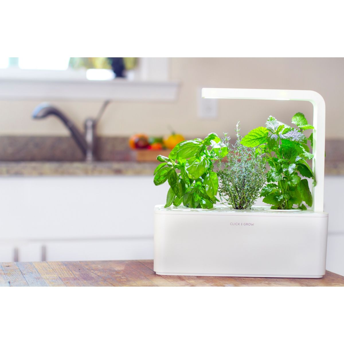 Click And Grow Smart Herb Garden Jardini Re Connect E Comparer Avec