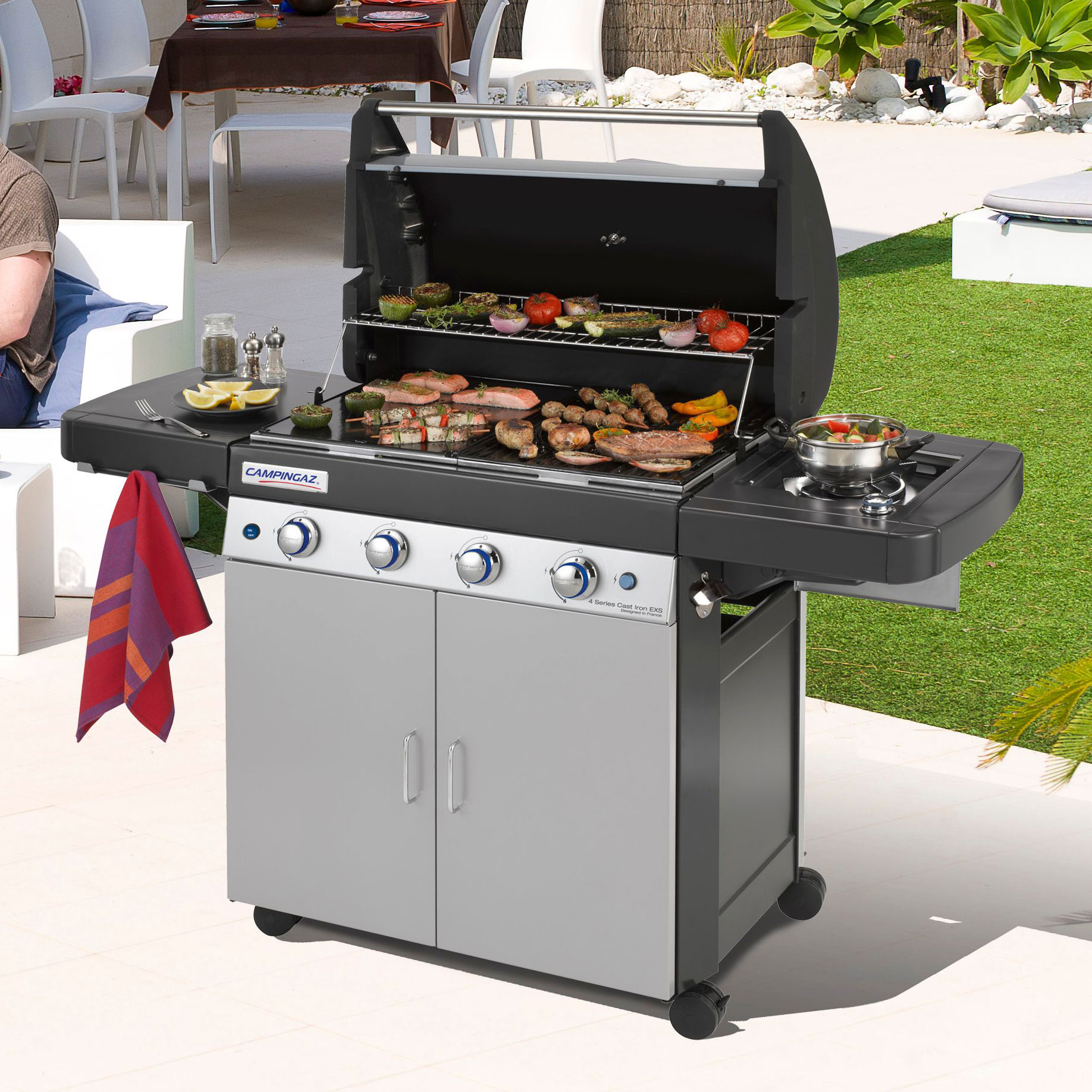 campingaz 4 series classic lxs barbecue gaz sur chariot 4 br leurs comparer avec. Black Bedroom Furniture Sets. Home Design Ideas
